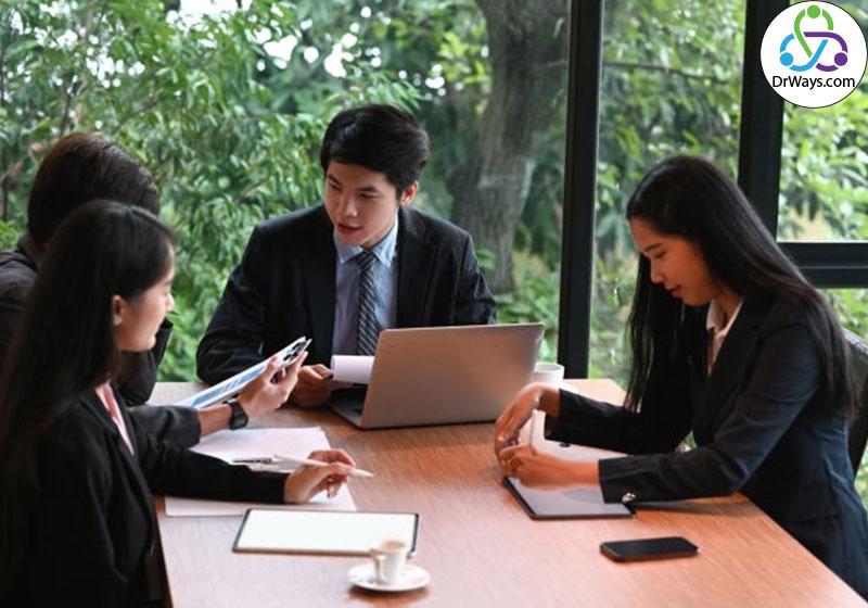 ایجاد تعهد از مشخصه های مهم کار تیمی