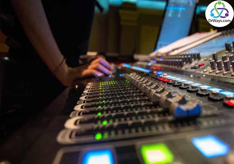 وسایل لازم برای تولید محتوا صوتی
